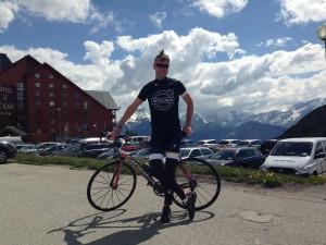 Alpe dHuez_town_summer_cycling_Per Henrik Brask