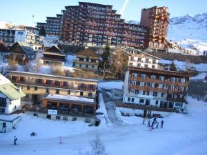 Alpe dHuez_town_lift_Per Henrik Brask